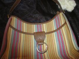 Foto 2 NEU* Ausgefallen * stylisch * Streifen * Hand- Umhänge- Tasche * Bag ''Etienne Aigner'' Original , pastell *