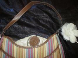 Foto 4 NEU* Ausgefallen * stylisch * Streifen * Hand- Umhänge- Tasche * Bag ''Etienne Aigner'' Original , pastell *