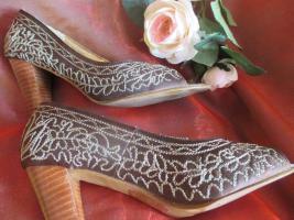 NEU* Glitzer * Perlen- Stickerei * Peep Toes * High Heels * Boho * Folklore * Trachten * Pumps * Sandaletten * Schuhe ''APART'' Gr. 38/ 5 braun- gold *