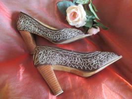 Foto 3 NEU* Glitzer * Perlen- Stickerei * Peep Toes * High Heels * Boho * Folklore * Trachten * Pumps * Sandaletten * Schuhe ''APART'' Gr. 38/ 5 braun- gold *