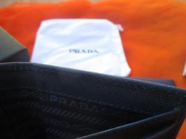 Foto 5 NEU in Original Box mit Zertifikat * Echt Leder * GELDBEUTEL * GELDBÖRSE * PORTEMONNAIE ''PRADA'' Original * marine- dunkel- blau *