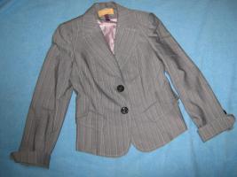 NEU * Elegant * Business * Freizeit * Nadelstreifen * Kostüm * Hosen- Anzug * BLAZER ''BIBA by ESCADA'' Gr. 34- 36/ XS- S, 0 * hell- grau * rosè *