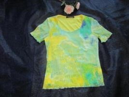 Foto 2 NEU * Stylisch * edel * Grafitti * Tatoo Look * Seiden- Chiffon * Bodycon * Kurzarm * T- Shirt ''Betty Barclay'' Gr. 36- 38 / S * limone gelb * greeny grün *