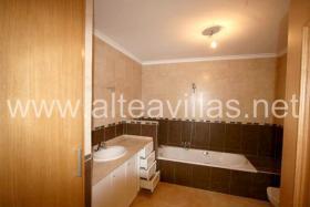 Foto 6 Neu erbaute Villa in Moraira an der Costa Blanca mit wunderschönem Meerblick