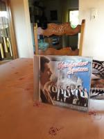 Foto 4 Neue Bilder- 5 neue CDs- komplett 15 €!!