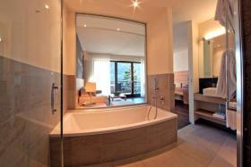 Foto 6 Neue Design Appartements in Südtirol im Aparthotel Alagundis bei Meran