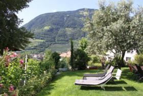 Foto 20 Neue Design Appartements in Südtirol im Aparthotel Alagundis bei Meran