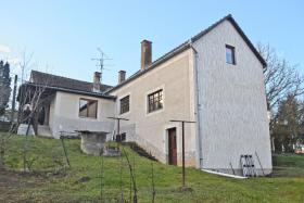 Nur 1 Nachbar! 120qm Einfamilienhaus mit 4500qm Grund Süd-West Ungarn