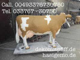 Foto 2 Ok. Du möchtest ne Deko Melk Kuh lebensgross mit grosse Tank  so das deine Kunden auf der Messe oder Eventveranstaltung sehr lange melken können ...
