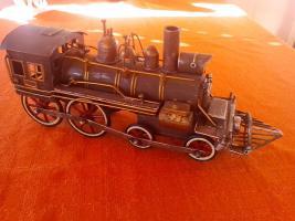 Foto 2 Oldtimer Blechspielzeug Lokomotive