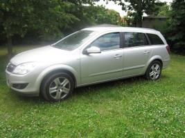 Opel Astra 1.6 Caravan Edition