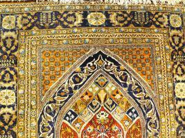 Foto 2 Orientteppich Ghom mit Seide 155x110 (T036)