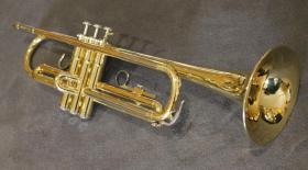 Foto 3 Orig. Yamaha B - Trompete, Mod. YTR 2320 E Made in Japan inkl. Koffer