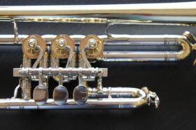 Foto 2 Original Herbert Lätzsch D - Konzert - Trompete - neuwertig
