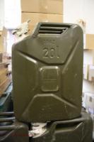 Original, BW, Militär-Kanister, aus Metall..