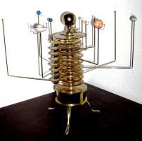Foto 2 Orrery Präzises Sonnensystem-Modell