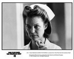Foto 3 Oscar-Gewinnerin LOUISE FLETCHER Autogramm/Widmung auf Großfoto.