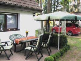 Foto 2 Ostsee-Urlaub mit Hund im Ferienhaus auf Waldgrundstück in Wieck a. Darß