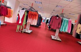 Foto 9 PVC Bodenbelag zur Selbstmontage in der Garage-Hobbyräume-Werkstätten