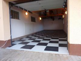 Foto 11 PVC Bodenbelag zur Selbstmontage in der Garage-Hobbyräume-Werkstätten