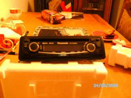 Foto 2 Panasonic CD/MP3/AUX Radio
