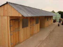 Foto 3 Pferdeausenboxen ein Preis der sich rechnet