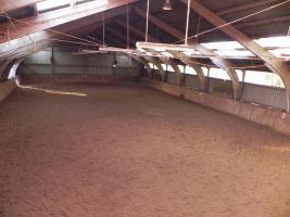 Foto 4 Pferdeboxen frei