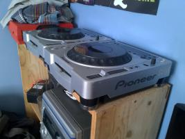 Pioneer CDJ 800 & DJM 600