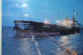 Foto 3 Piraten überfallen Ferieninsel - 150 Geiseln aus Hotel genommen , DSDS Sommerferien