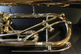 Foto 7 Profiklasse Konzert - Trompete A. Wolfram Markneukirchen, Goldmessing mit 2 Überblasklappen