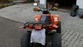 Foto 2 Quad SMC Titan 300