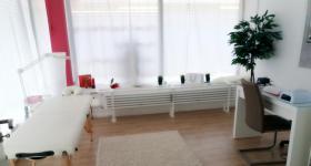 Foto 2 Räume zur Miete in einem Wellnesssalon