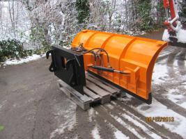 Foto 5 Räumschild Schneeschild Schneepflug mit Universalanbauplatte