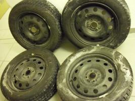 Reifensatz Pirelli snowcontrol 51/2 Jx15