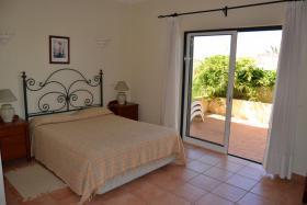 Foto 5 Reihenhaus ''Castle View Nr. 25'' in Ferragudo an der Algarve