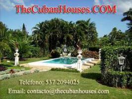 Reisen nach Kuba im Urlaub. Feine Häuser mit Pool in Havanna.