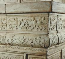 Foto 2 Renaissance-Kachelofen mit Pegasus