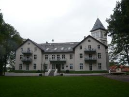 Foto 8 Renovierte Ferienwohnung im Schloss Hohen Niendorf