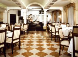 Foto 3 Restaurant Innenarchitektur - maßgefertigte Möbel für Restaurants