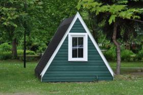 Foto 4 Romantische-Campingplätze.de mit Lagerfeueratmosphäre im Mondschein hier buchen