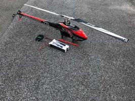 SAB Goblin 770 Competition - Carbon Rot / Schwarz und FUTABA T14SG