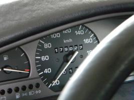 Foto 3 SCHLACHTFEST - Teile von einem Seat Toledo 1.8i Fresh Klima