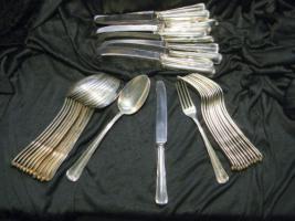 SILBERBESTECK 800er Silber - 6758g - 129 Teile
