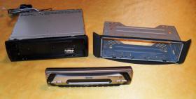 SONY Autoradio CDX-S22 + Einbaurahmen SMART fortwo