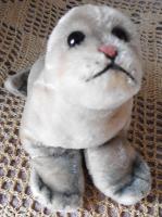 STEIFF Seehund Robbe ''Robby'' 18 cm komplett Holzwolle ohne Kennung