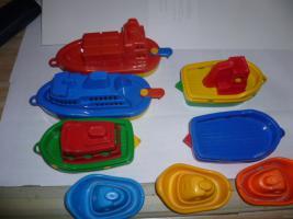 Foto 6 Schiffe  Spielzeug schiff  für die Badewanne 8 Stück