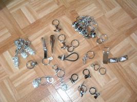 Foto 3 SchlüsselanhängerTroika Schlüsselanhänger Karim Rashid neu noch nie in Gebrauch abzugeben. Messing, verchromt, glänzend, mehrfarbig  es sind 57 Schlüsselanhänger , alternativ habe ich auch Schlüsselanhänger als 9 Stck Flaschenöffner und 12Stck Schlüsselan