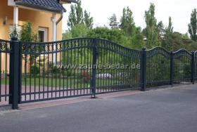 Foto 3 Schmiedeeiserne Zäune aus Polen, Metallzaun, Tor, Pforte, Zaune