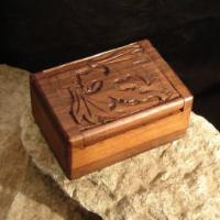 Holzbox Drache