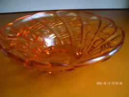 Schöne Glasschale aus DDR Zeiten